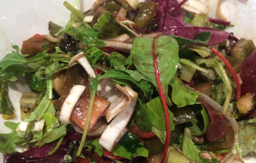 Простые и очень вкусные салаты без майонеза на праздничный стол.
